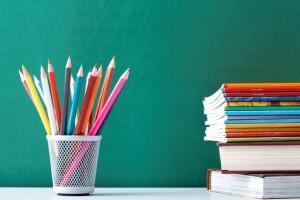 AVISO - Suspensão da devolução de manuais escolares